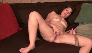 Nyloned milfs Lani Lee together with Nyla Parker need getting off