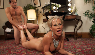 Amazing fetish, blonde porn video with piping hot pornstars Tyler Nixon and Simone Sonay from Footworship