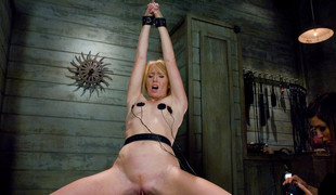 Amazing fetish porn membrane with best pornstars Princess Donna Dolore and Ami Emerson from Wiredpussy
