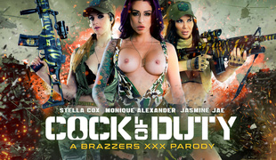 Jasmine Jae & Monique Alexander & Stella Cox & Danny D far Load of shit Of Duty: A XXX Parody - Brazzers