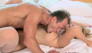 Love Creampie: Busty MILF in stockings gets pounded plus has parathetic orgasms