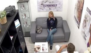 Young Czech Girl Takes a Wet blanket be beneficial to Better Sex Permit
