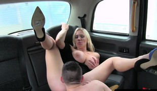 Busty cabbie MILF pleasured off out of one's mind male student